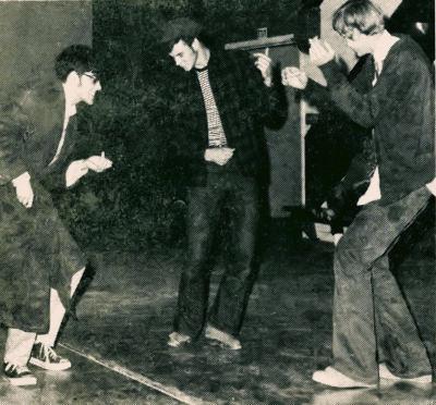 Dancingguys